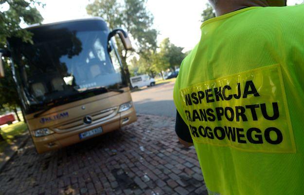 ITD: Niepokojące wyniki kontroli autokarów przewożących dzieci
