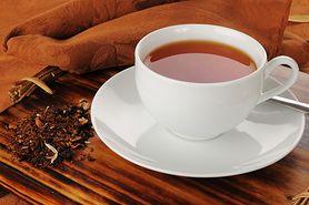 Czarna herbata - naturalny filtr przeciwsłoneczny, zapobiega starzeniu się skóry, profilaktyka raka, zwalcza nadmierną potliwość
