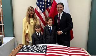 Rozenek z rodziną świętują w ambasadzie USA