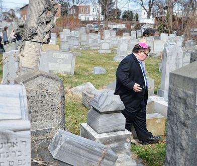 Zdewastowany cmentarz żydowski w Pensylwanii