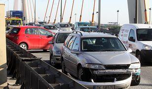 We wtorek na Moście Siekierkowskim doszło do kolizji 11 samochodów (zdj. archiwum)