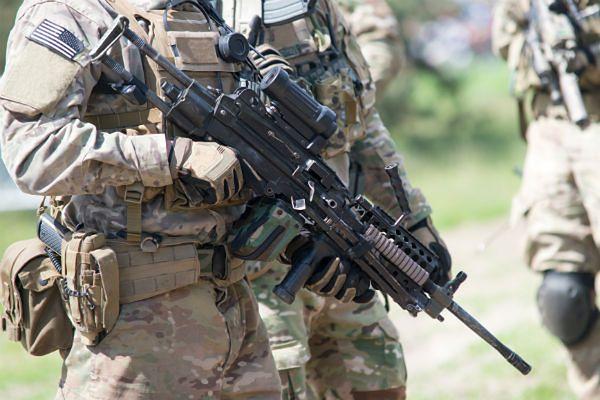 Żołnierze NATO