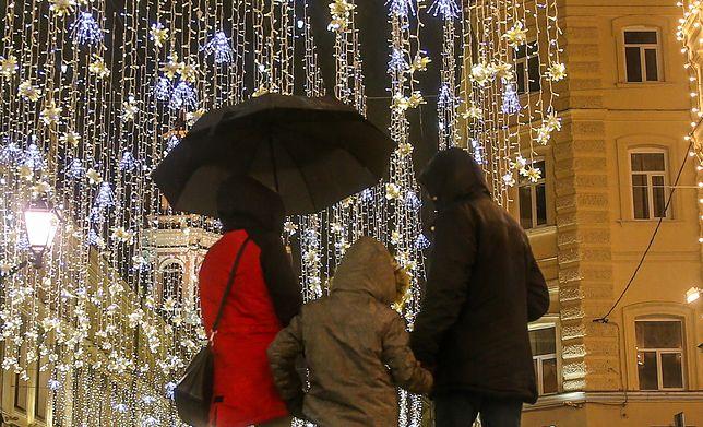 Mikołaj psuł związki swojego ojca. Podobnie jak Marta