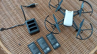 DJI Ryze Tello - tani i elegancki dron