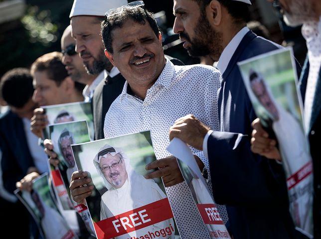 Protest pod saudyjskim konsulatem w Stambule