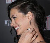 Anne Hathaway zapuściła włosy dla męża