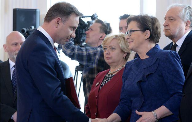 A. Duda do rządu i Komorowskiego: nie podejmujcie ustrojowych i kontrowersyjnych decyzji