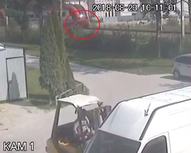 Tragiczny wypadek w Szaflarach. Jest nagranie, na którym widać moment zderzenia samochodu z pociągiem