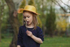 Dziecko w ogrodzie – czego unikać?