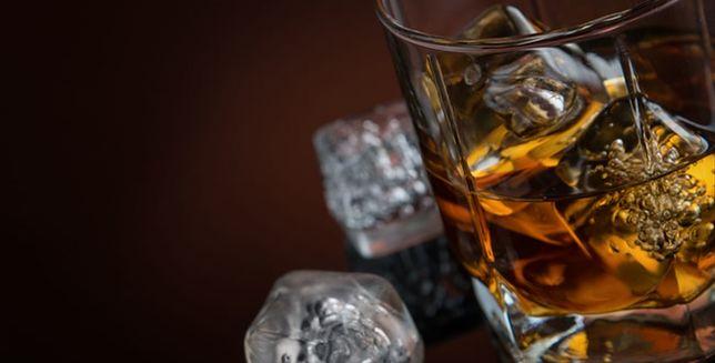 Polacy chcą pić whisky