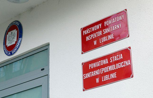 Koronawirus w Polsce. Lubin. Powiatowa Inspektor Sanitarna zwolniona na wniosek wojewody Lecha Sprawki.