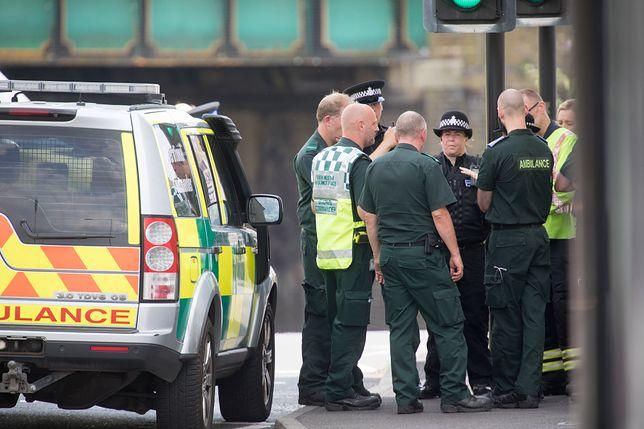 Policja bada miejsce zdarzenia