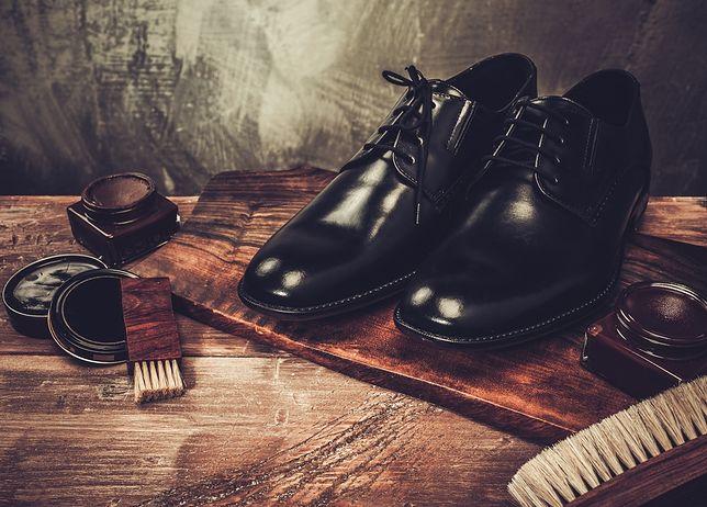 Elegancki krój i wysoki połysk - takie powinny być buty