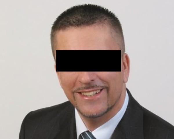Piotr K. jest oskarżony o wzięcie ponad 20 tys. zł łapówki.