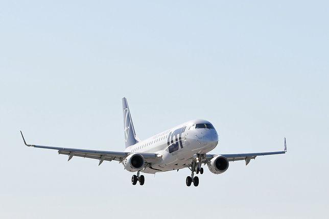 Limit miejsc w samolotach zostanie zniesiony. Jadwiga Emilewicz podała termin
