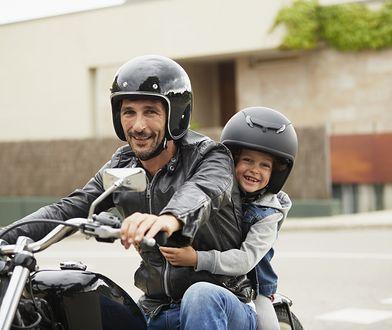 Jak przewozić dziecko na motocyklu? Zobacz, co mówią przepisy