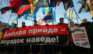 Prostest ukraińskich nacjonalistów pod ambasadą Polski w Kijowie