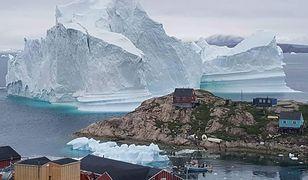Ewakuacja na Grenlandii. Wszystko przez górę lodową