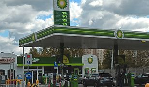 Nie tankuj pod korek, jutro paliwo może być tańsze. Ceny benzyny zaczynają spadać, są najniższe od 2016 roku