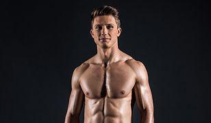 Mister Polski 2016: sesja kandydatów w bieliźnie