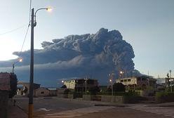 Potężny wybuch wulkanu w Peru. Ewakuowano dziesiątki tysięcy osób