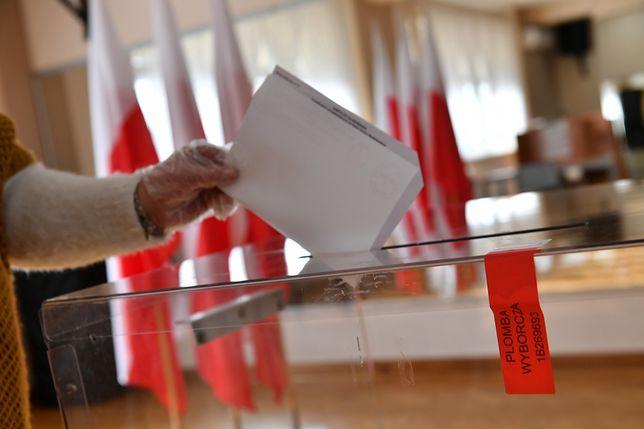 Jak znaleźć lokal wyborczy?