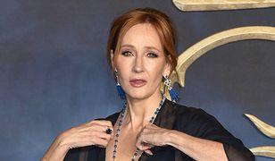 Bojkotują J.K. Rowling za poglądy. Kolejni fani odwracają się od idolki