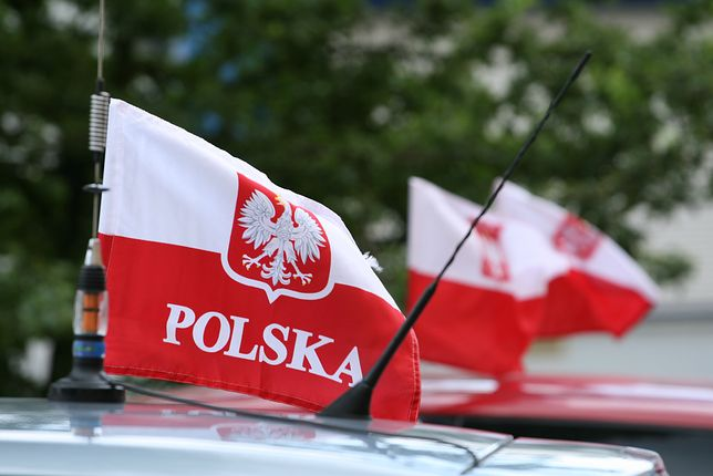 Niepowodzenia Polski w sondażu. Rządy PiS obok okupacji przez ZSRR