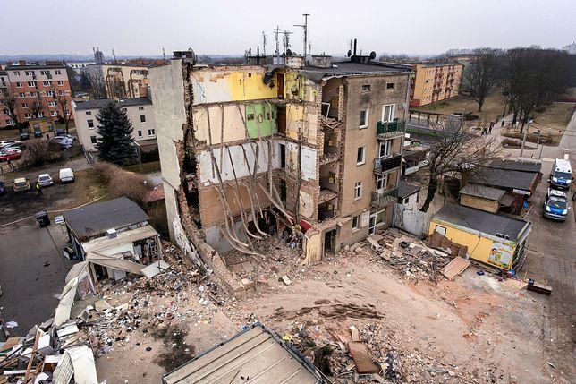 Wybuch w Poznaniu: w gruzach znaleziono noże