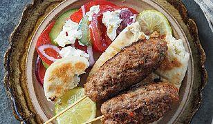 Greckie kofty z aromatycznym sosem jogurtowym. Palce lizać!