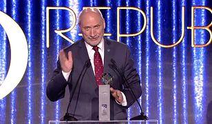 Antoni Macierewicz otrzymał nagrodę telewidzów