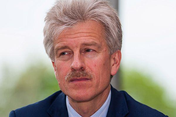 Zgolą wąsy i wręczą je prezydentowi Poznania