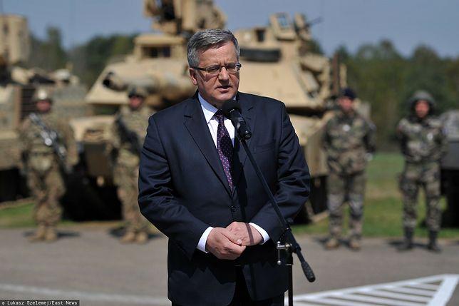 Białoruś. Były prezydent Bronisław Komorowski oczekuje sankcji ze strony UE i USA