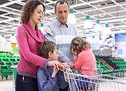 Sztuczki supermarketów. Jak nie dać się nabrać na świątecznych zakupach