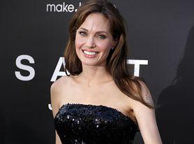Niedowład twarzy. Chorują na niego Magda Gessler i Angelina Jolie