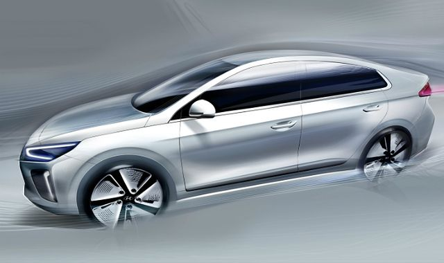 Hyundai odsłania Ioniqa