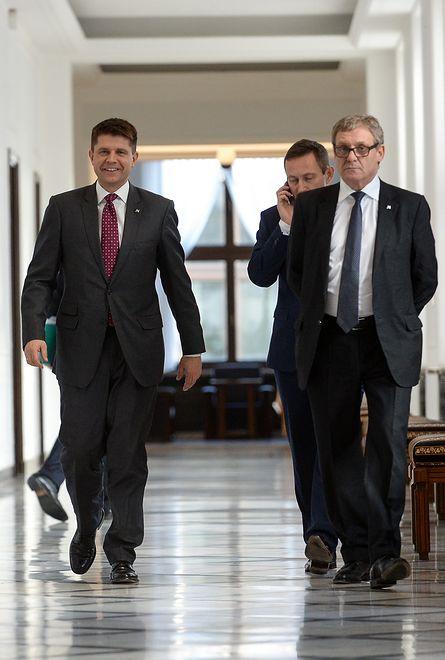Nowoczesna Ryszarda Petru w kryzysie. WP: czterech posłów przejdzie do Platformy