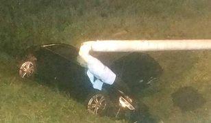 Policjanci pokazali zdjęcia z czwartkowego wypadku na stronie komendy w Jastrzębiu-Zdroju.