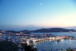Zakaz muzyki w barach i godzina policyjna. Restrykcje na popularnej wyspie w Grecji