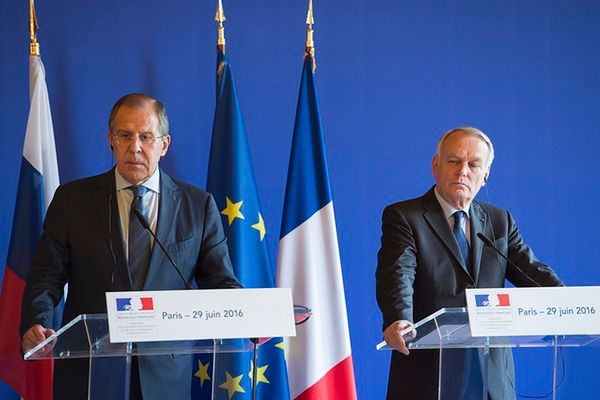 Jean-Marc Ayrault: szczyt NATO nie powinien być szczytem konfrontacji wobec Moskwy