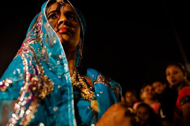 Trzy słowa – tyle wystarczyło, by mąż rozwiódł się z żoną. Indie kończą z kontrowersyjnym prawem
