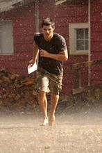 Taylor Lautner skacze po mieście