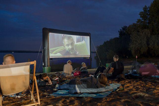 Wrocław. Podglądania filmowe na plaży. Beach Bar w Borzygniewie zaprasza