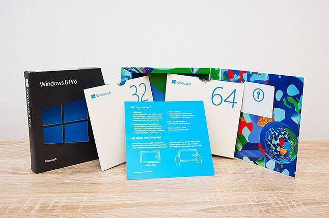 cała zawartość pudełka z MS Windows 8 Pro BOX 32-bit/64-bit PL Upgrade