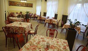 Restauracja sejmowa przypomina zwykłą stołówkę.
