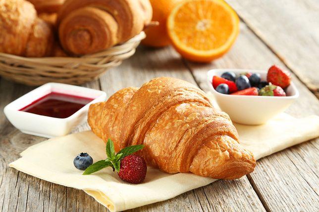 Koniec prawdziwych croissantów? Cukiernicy mówią o kryzysie. Ceny masła wzrosły dwukrotnie