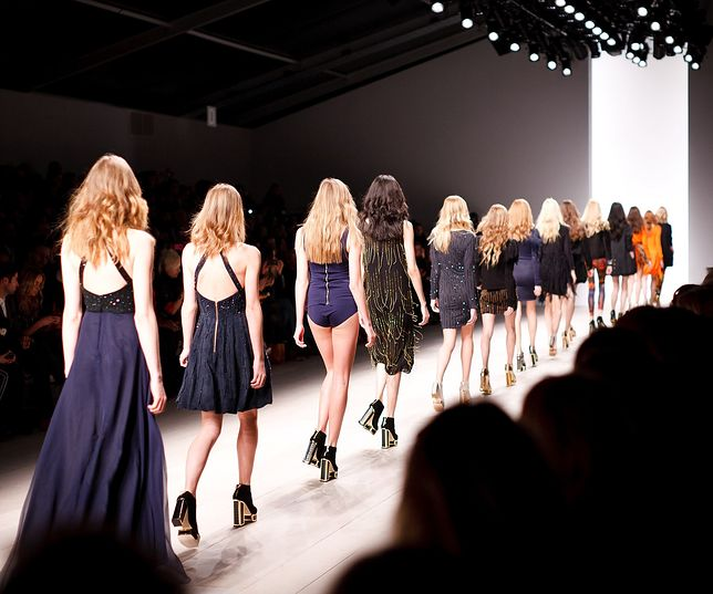 """Właśnie ukazała się książka """"Moda na modelkę. Prawdziwe oblicze świata modelingu"""""""