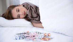 Pracodawca może sprawdzić, jak chory pracownik spędza czas na zwolnieniu lekarskim. Kłamstwo może dużo kosztować
