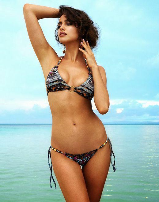 Nowa sesja plażowa dla Beach Bunny. Irina Shayk w bikini!