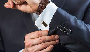 Elegancki strój mogą dopełnić piękne spinki do mankietów